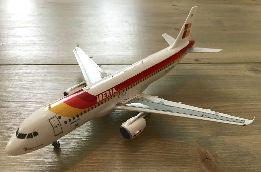Iberia Airbus A320 (Old Livery) - Revell 1/144   V1 Decals