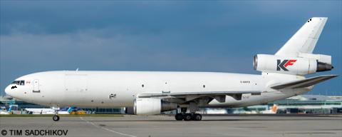 Kelowna Flightcraft McDonnell Douglas DC-10 Decal